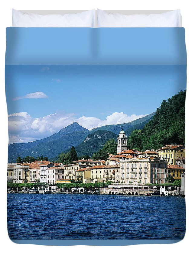 Scenics Duvet Cover featuring the photograph Italy, Lombardy, Bellagio by Vincenzo Lombardo