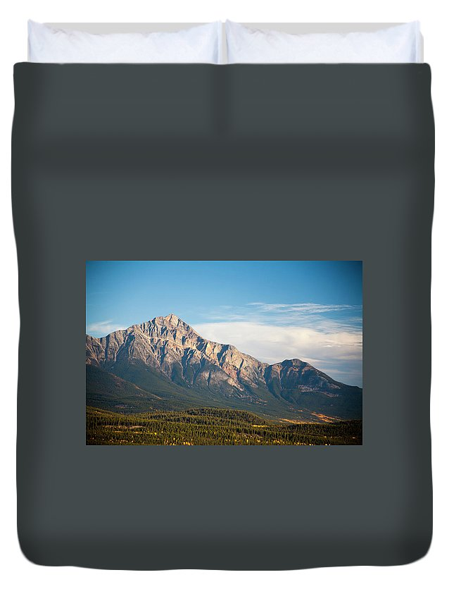 Scenics Duvet Cover featuring the photograph Jasper Valley by Abishome