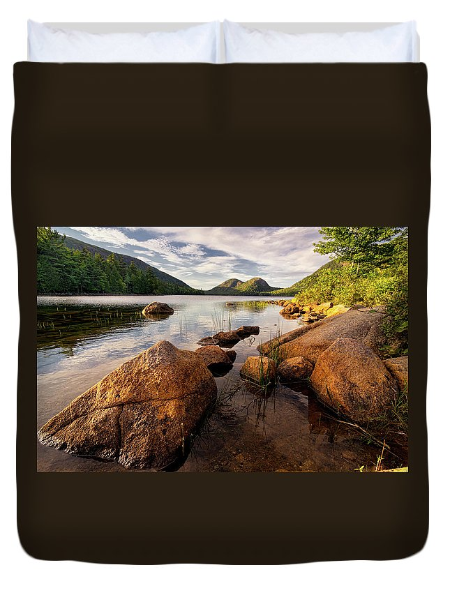 Scenics Duvet Cover featuring the photograph Jordan Pond Rocks by Www.cfwphotography.com