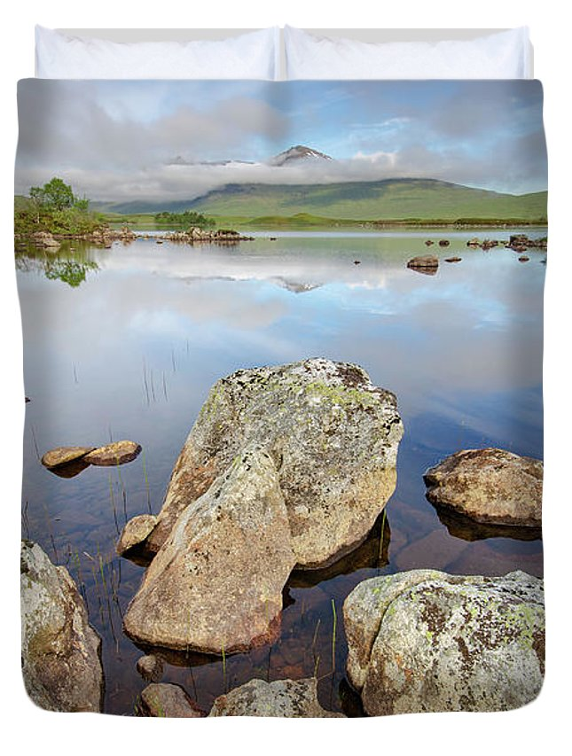 Lochan Na Stainge Duvet Cover featuring the mixed media Loch La Stainge by Smart Aviation