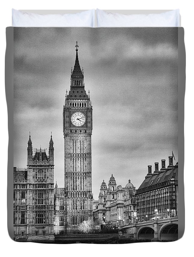 Clock Tower Duvet Cover featuring the photograph London, Big Ben, Black And White by Elisabeth Pollaert Smith