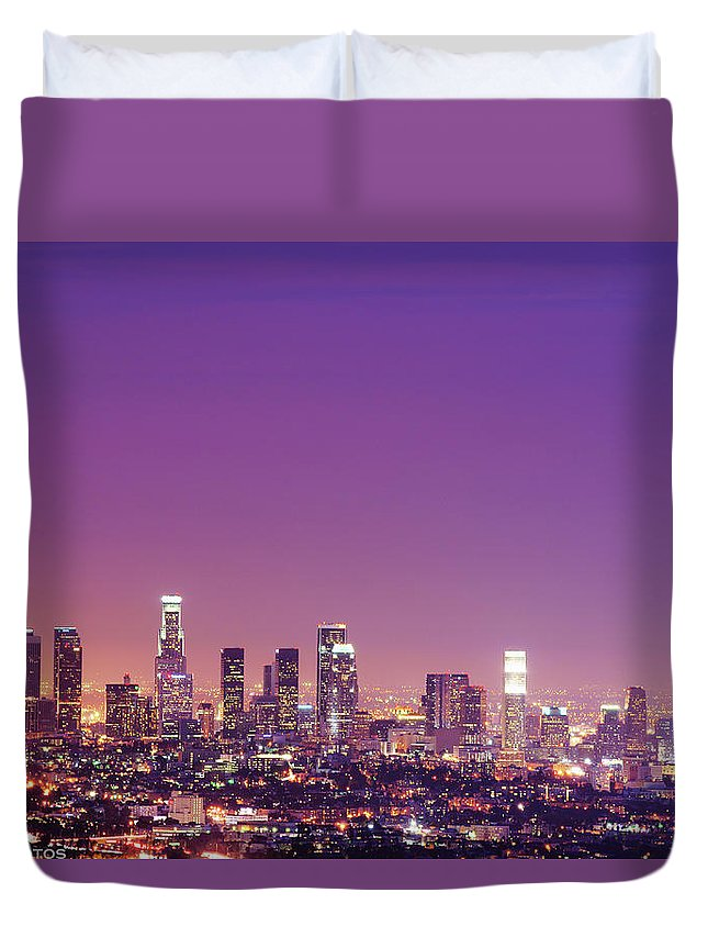 Clear Sky Duvet Cover featuring the photograph Los Angeles At Dusk by Dj Murdok Photos