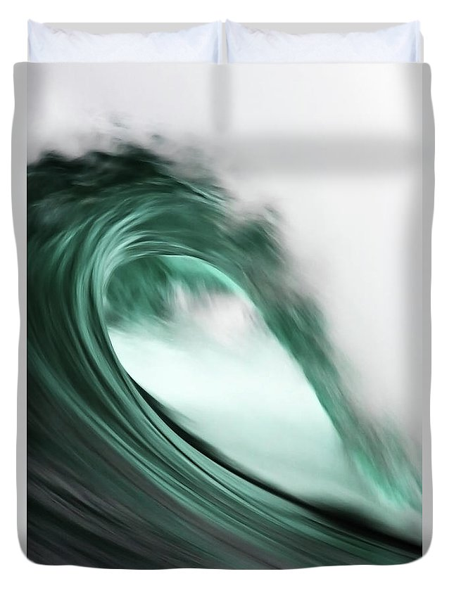 Scenics Duvet Cover featuring the photograph Maroubra by Ewen Charlton