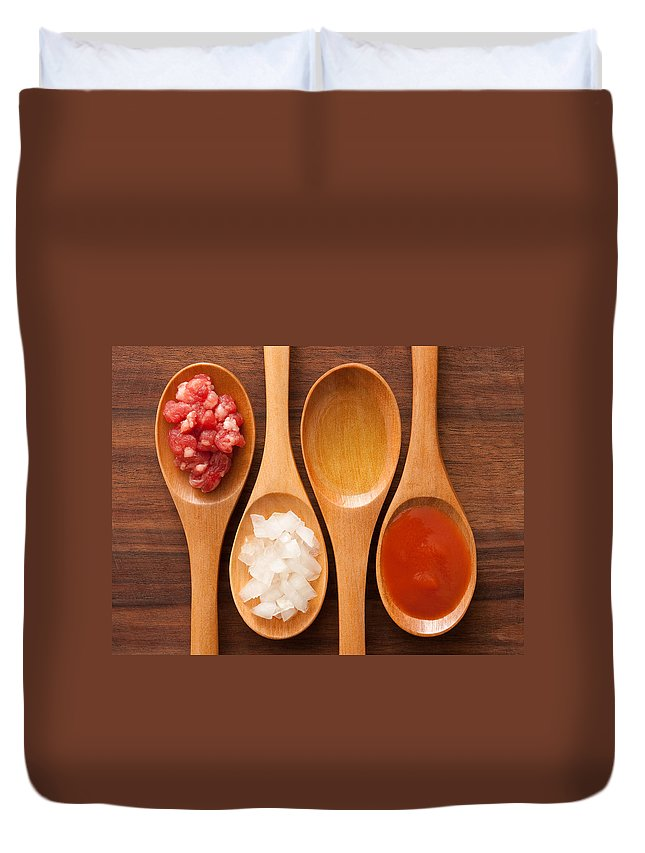 Italian Food Duvet Cover featuring the photograph Meat And Tomato Sauce Ingredients by Fotografiabasica