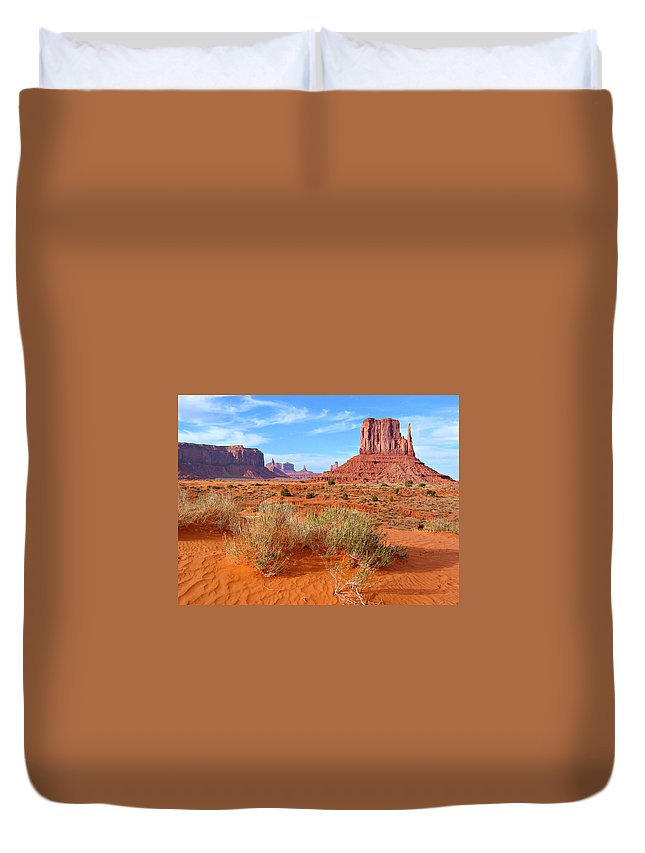 Tranquility Duvet Cover featuring the photograph Monument Valley Landscape by Sandra Leidholdt