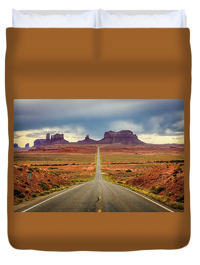 Scenics Duvet Cover featuring the photograph Monument Valley by Posnov