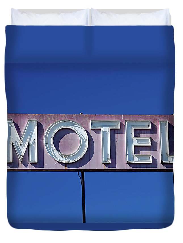 Clear Sky Duvet Cover featuring the photograph Motel Sign by Eyetwist / Kevin Balluff