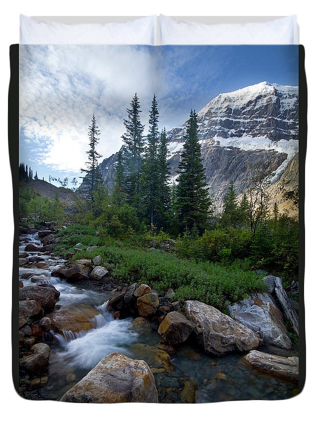 Tranquility Duvet Cover featuring the photograph Mount Edith Cavell by Visit Www.ronmiller.com