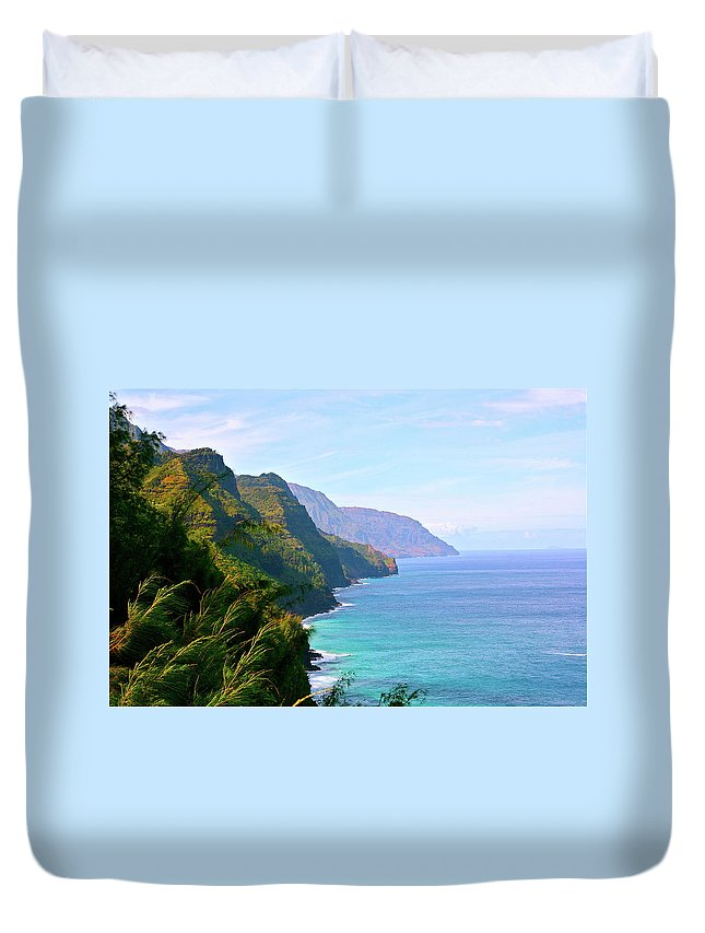 Nā Pali Coast State Park Duvet Cover featuring the photograph Napali by Sean M. Murphy Photography