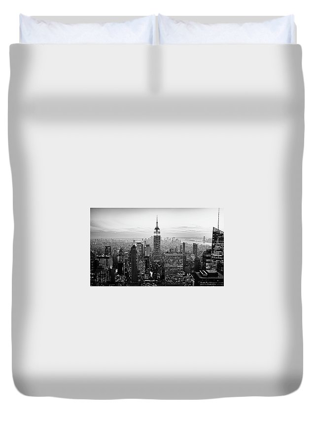 Outdoors Duvet Cover featuring the photograph New York City by Randy Le'moine