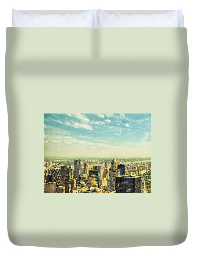 Lower Manhattan Duvet Cover featuring the photograph New York City Skyline With Central Park by Franckreporter
