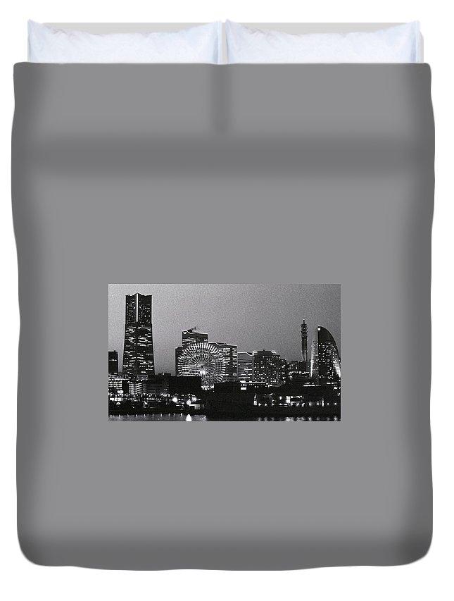 Yokohama Duvet Cover featuring the photograph Night Scene Of Yokohama by Snap Shooter Jp
