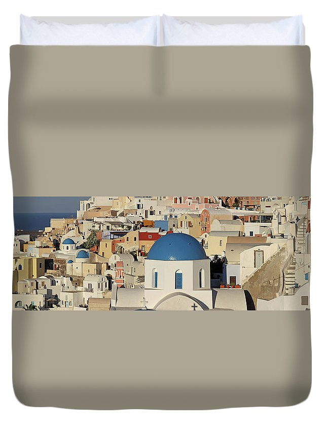Tranquility Duvet Cover featuring the photograph Oia Architecture by Sandra Kreuzinger