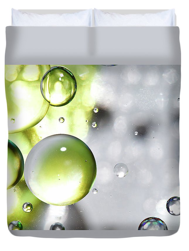 Mixing Duvet Cover featuring the photograph Oil Spheres by Dovate
