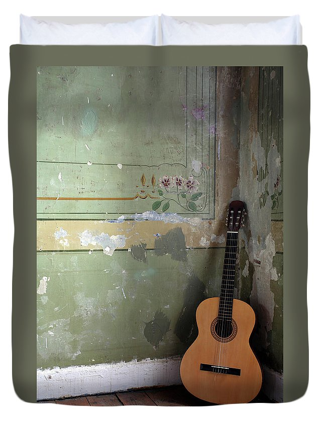 Music Duvet Cover featuring the photograph Old Guitar by Kursad