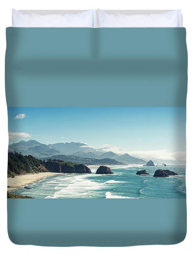 Scenics Duvet Cover featuring the photograph Panoramic Shot Of Cannon Beach, Oregon by Kativ