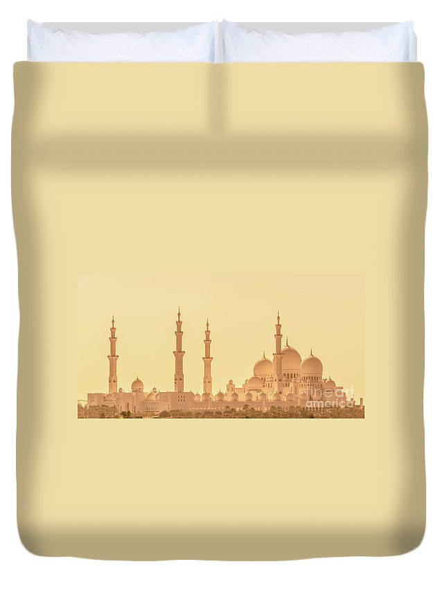 Abu Dhabi Duvet Cover featuring the photograph Panoramic View Of Abu Dhabi Grand Mosque by Delphimages Photo Creations