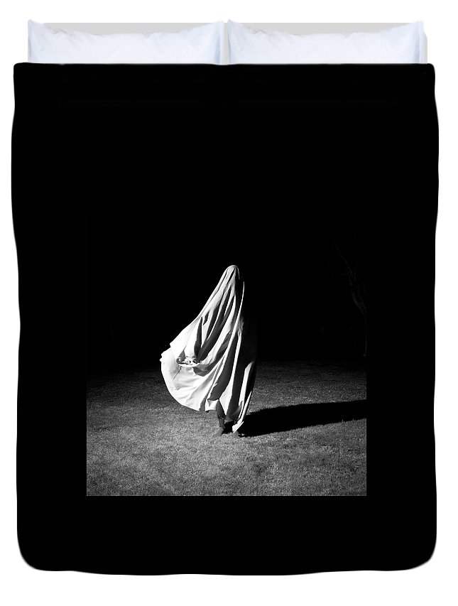 Shadow Duvet Cover featuring the photograph Poem Of A Dead Song by Lauralani