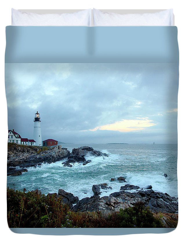 Dawn Duvet Cover featuring the photograph Portland Head Lighthouse At Sunrise by Thomas Northcut