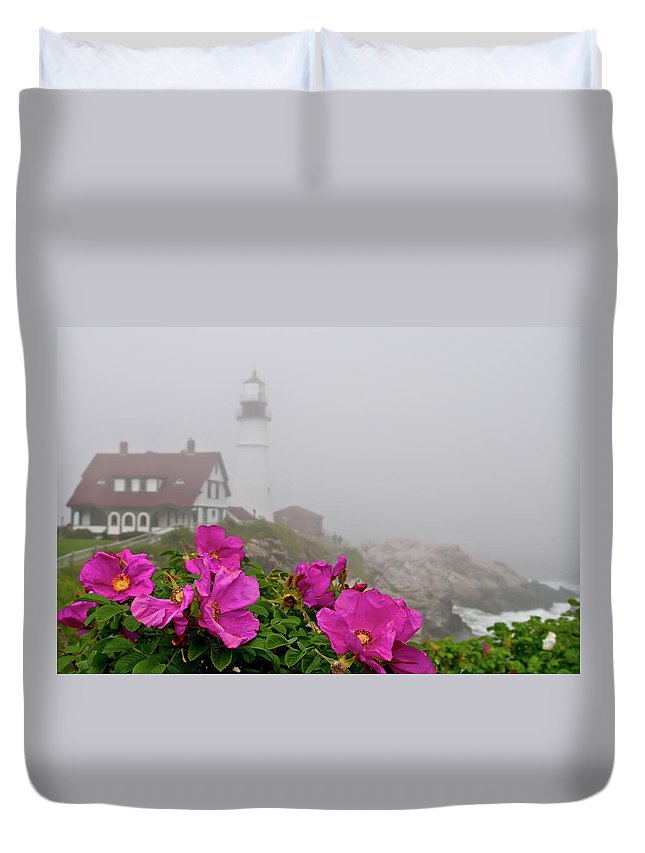 Built Structure Duvet Cover featuring the photograph Portland Headlight With Rosa Rugosa And by Www.cfwphotography.com