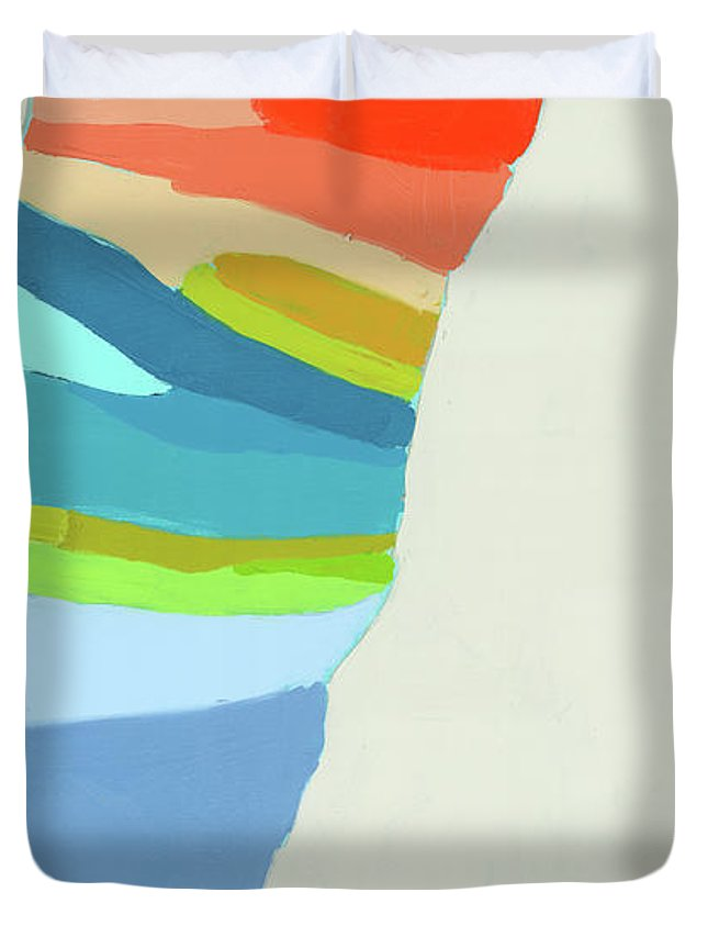 Abstract Duvet Cover featuring the painting Ready To Make A Splash by Claire Desjardins