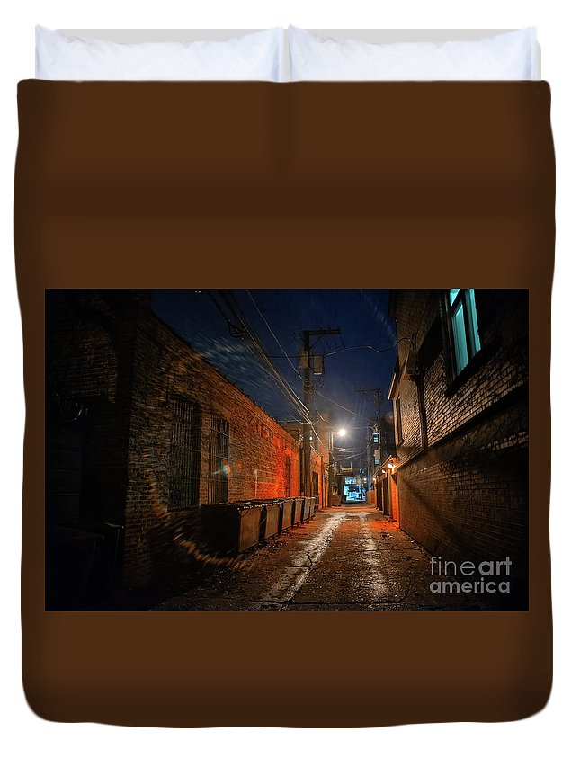 Alley Duvet Cover featuring the photograph Red Alley by Bruno Passigatti