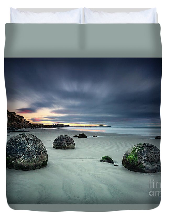 Kremsdorf Duvet Cover featuring the photograph Rise Of The Giants by Evelina Kremsdorf