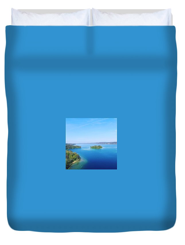 Starnberg Duvet Cover featuring the photograph Roseisland by Daniel Hornof