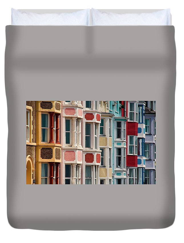 Row House Duvet Cover featuring the photograph Seafront Houses, Aberdovey, Wales by David Tait