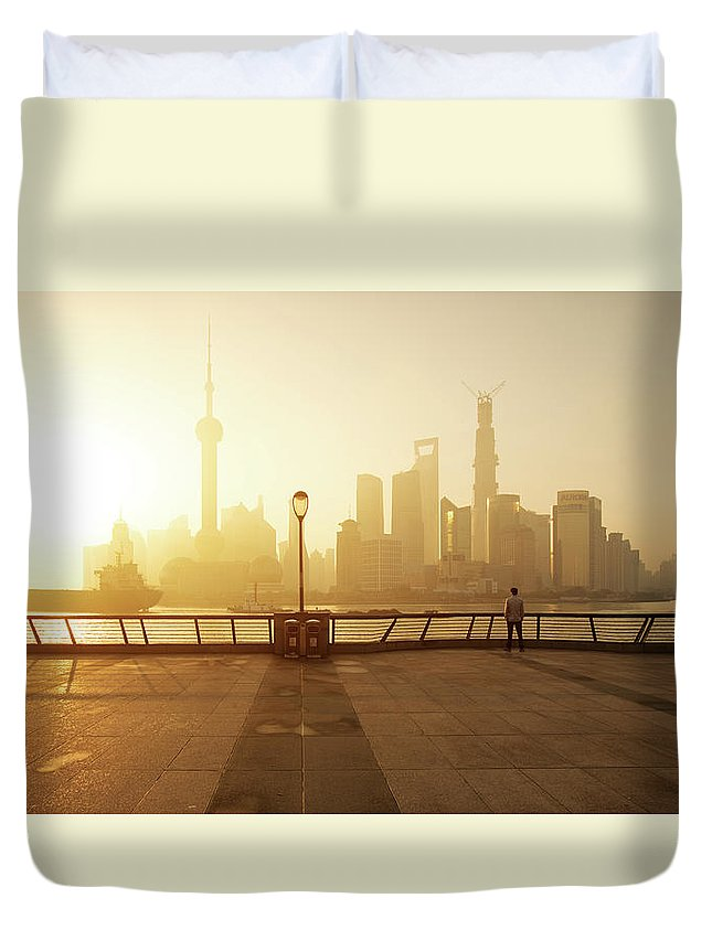 Tranquility Duvet Cover featuring the photograph Shanghai Sunrise At Bund With Skyline by Spreephoto.de