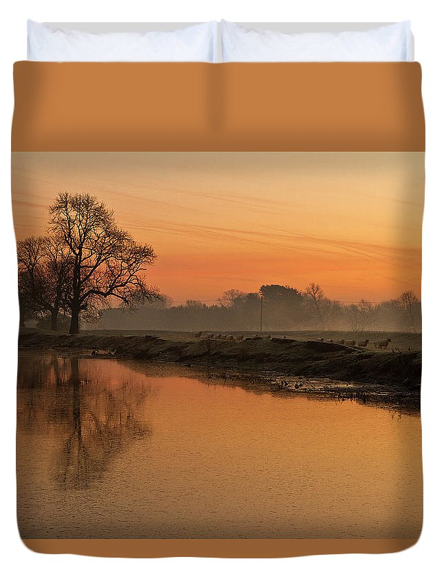 Scenics Duvet Cover featuring the photograph Sheep Sunrise by Paulscreen