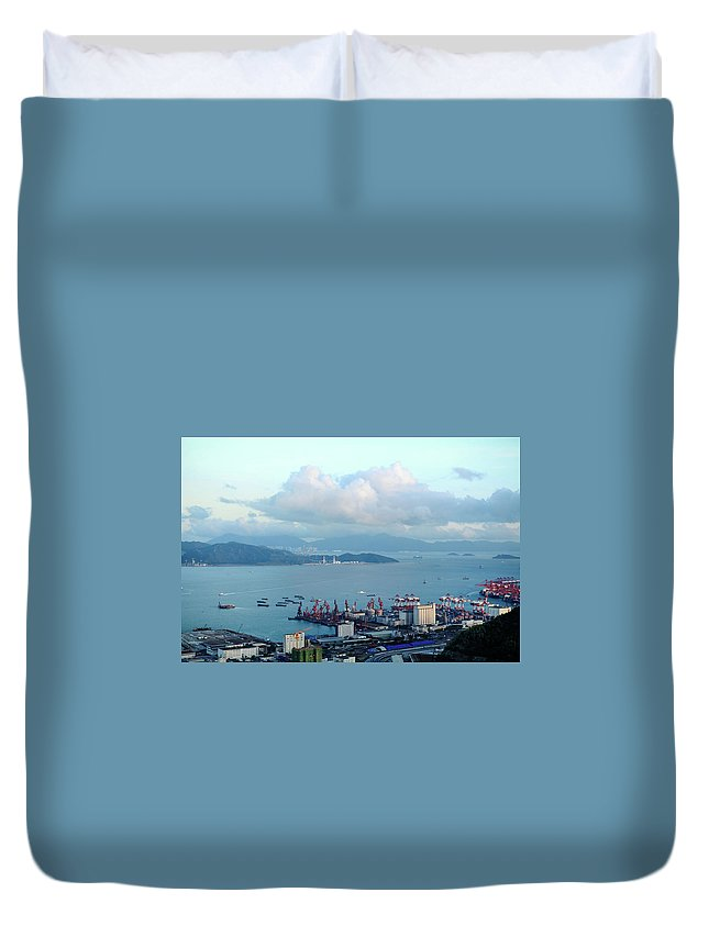 Tranquility Duvet Cover featuring the photograph Shenzhen Bay And Shekou Port by Wilson.lau