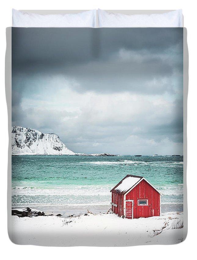 Kremsdorf Duvet Cover featuring the photograph Shores Of Desolation by Evelina Kremsdorf