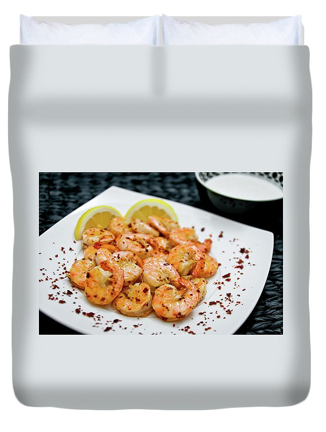Savory Food Duvet Cover featuring the photograph Shrimps With Chili by Wojciech Wisniewski