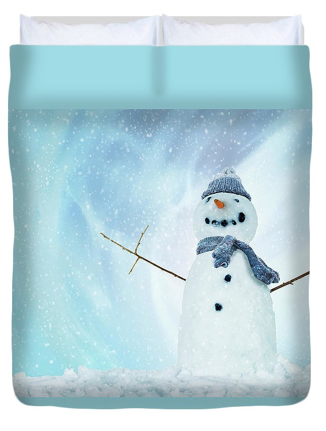 England Duvet Cover featuring the photograph Snowman With Arms Open by Gandee Vasan