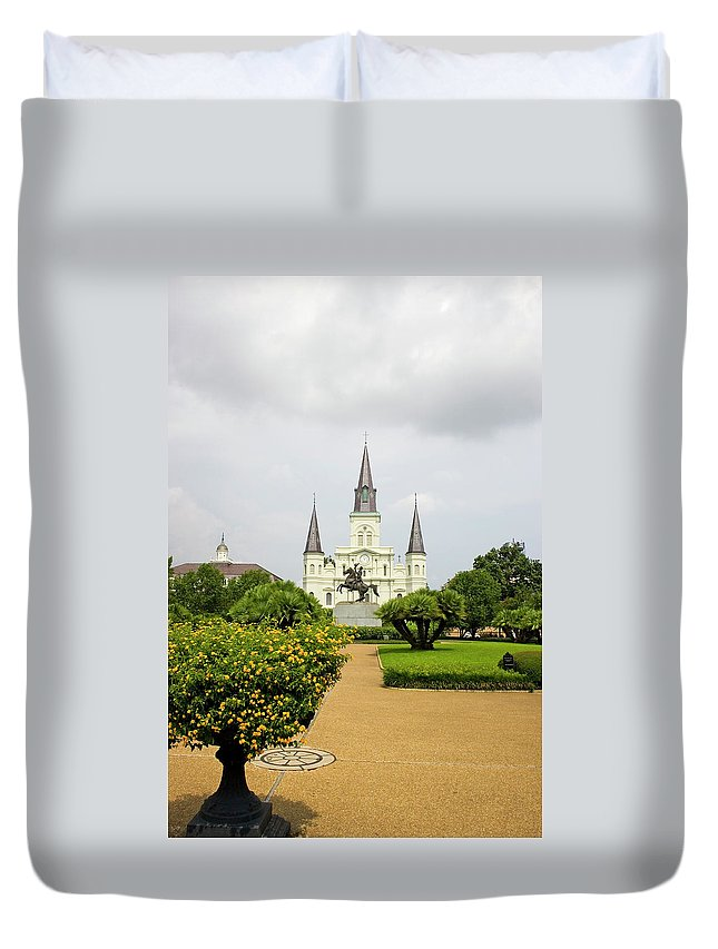 Built Structure Duvet Cover featuring the photograph St. Louis Cathedral New Orleans by Lingbeek