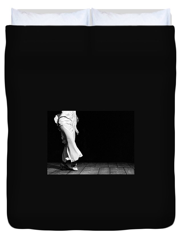 Ballet Dancer Duvet Cover featuring the photograph Starting Flamenco by T-immagini