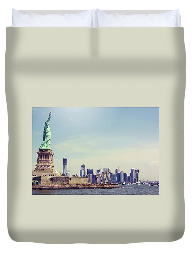 Tranquility Duvet Cover featuring the photograph Statue Of Liberty by Sere C. Photography