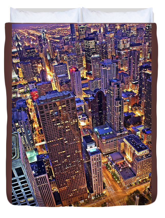Outdoors Duvet Cover featuring the photograph Stepping Over The Ledge by Garron Nicholls