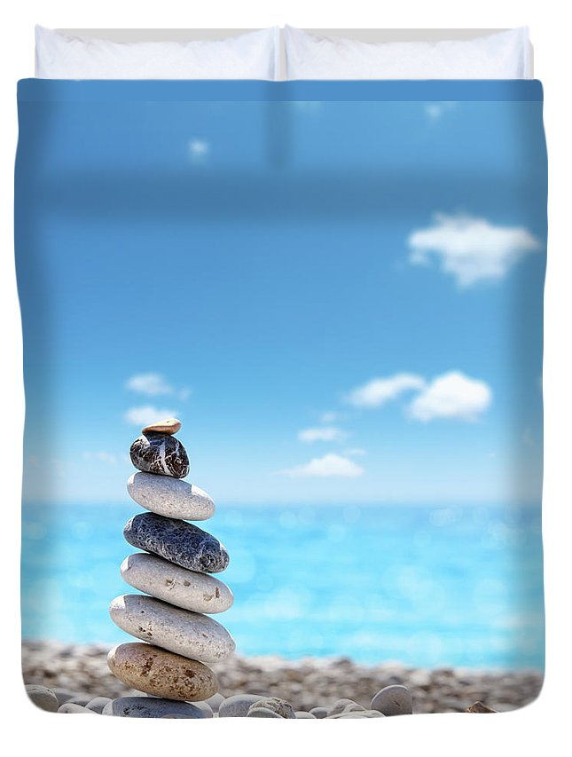 Water's Edge Duvet Cover featuring the photograph Stone Balance On Beach by Imagedepotpro