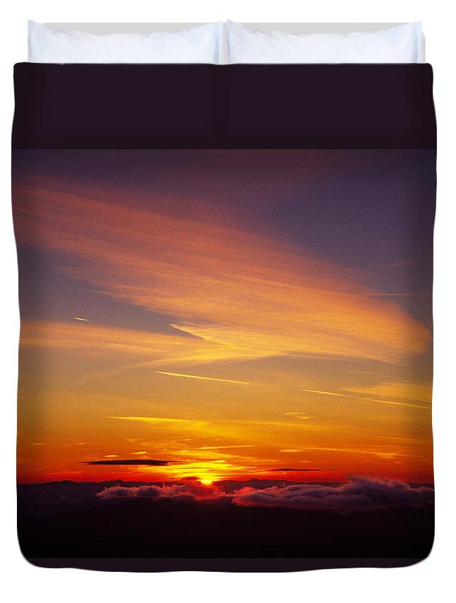 The End Duvet Cover featuring the photograph Sunset Near Taos, New Mexico, Usa by Diane Miller