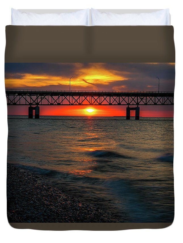 Sunset Panorama At Mackinac Bridge Duvet Cover featuring the photograph Sunset Under Mackinac Bridge by Dan Sproul