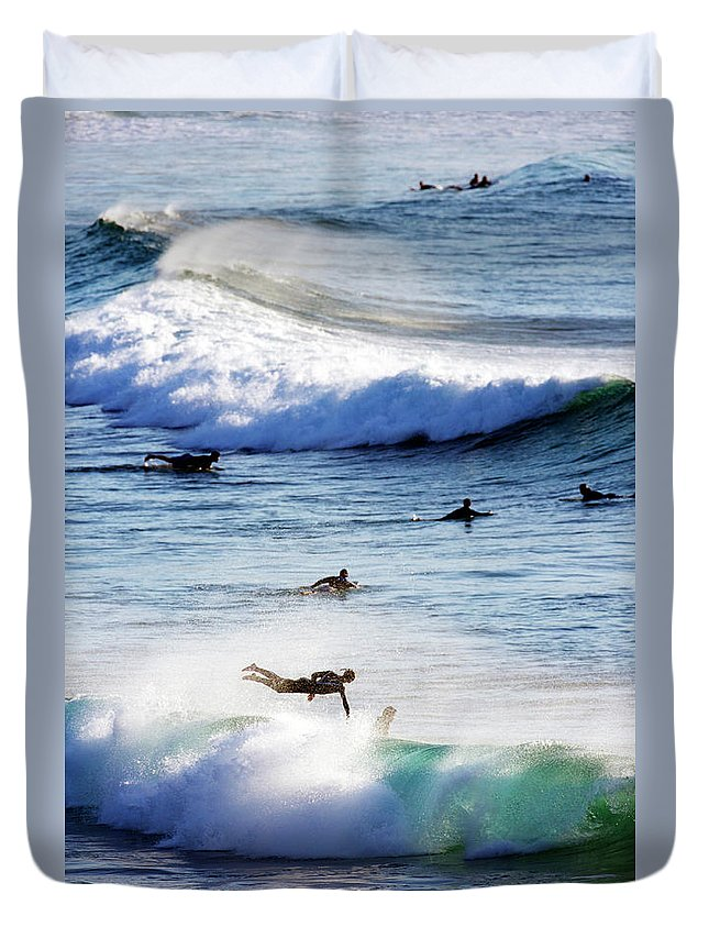 Spray Duvet Cover featuring the photograph Surfing At Southern End Of Bondi Beach by Oliver Strewe