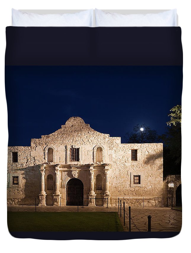 Outdoors Duvet Cover featuring the photograph The Alamo, San Antonio Texas With Full by Dhughes9