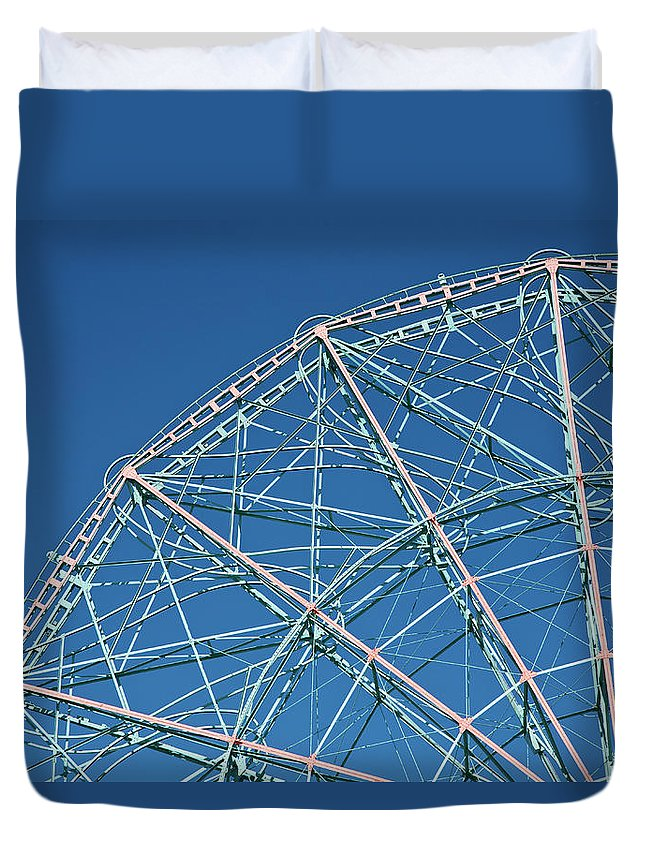 Built Structure Duvet Cover featuring the photograph The Top Of A Ferris Wheel, Low Angle by Frederick Bass