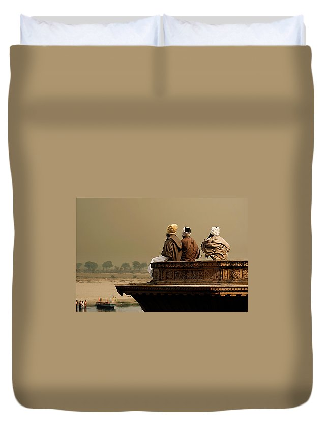 Water's Edge Duvet Cover featuring the photograph Three Sadhus Meditating By The Yamuna by Globalstock