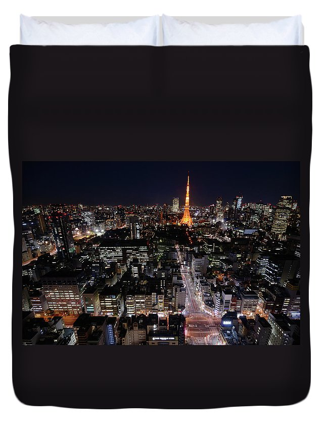 Tokyo Tower Duvet Cover featuring the photograph Tokyo At Night by Sugimoto Yasuaki
