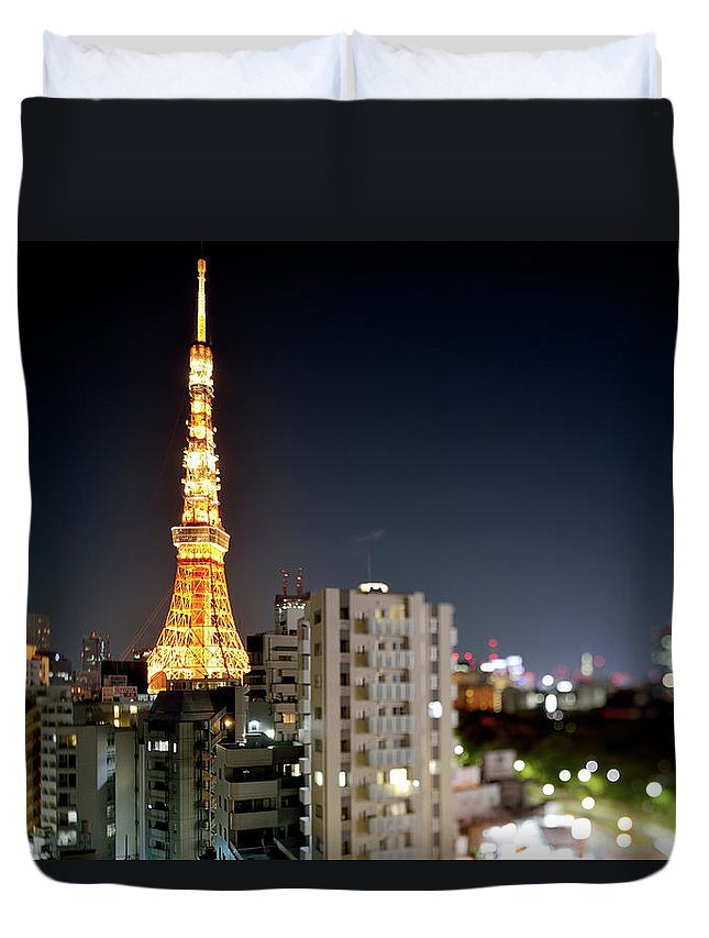 Tokyo Tower Duvet Cover featuring the photograph Tokyo Tower At Night by Vladimir Zakharov