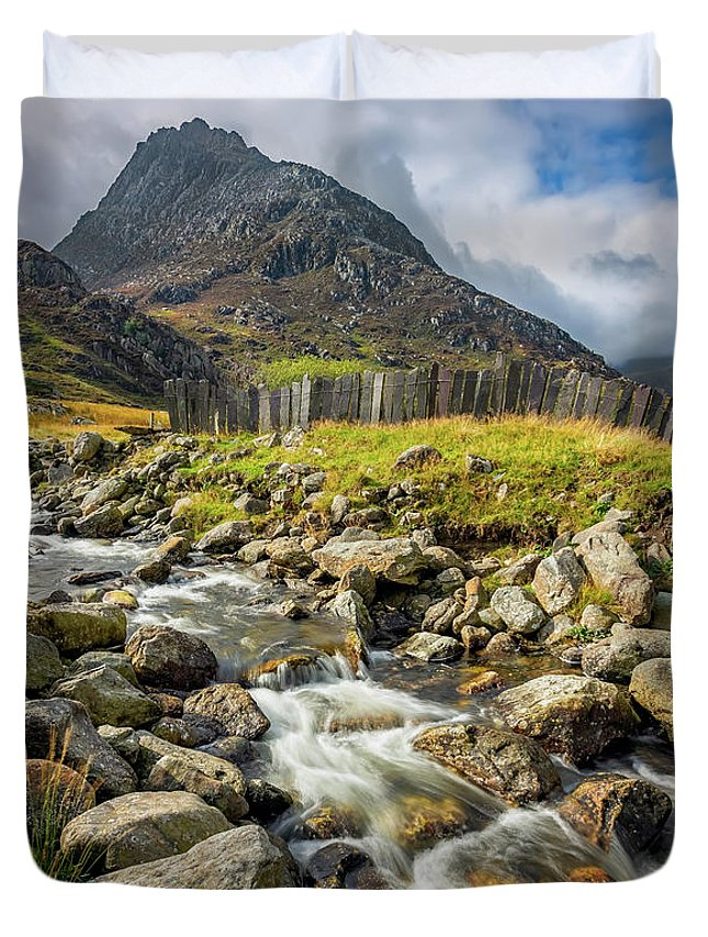 Tryfan Mountain Duvet Cover featuring the photograph Tryfan East Snowdonia by Adrian Evans
