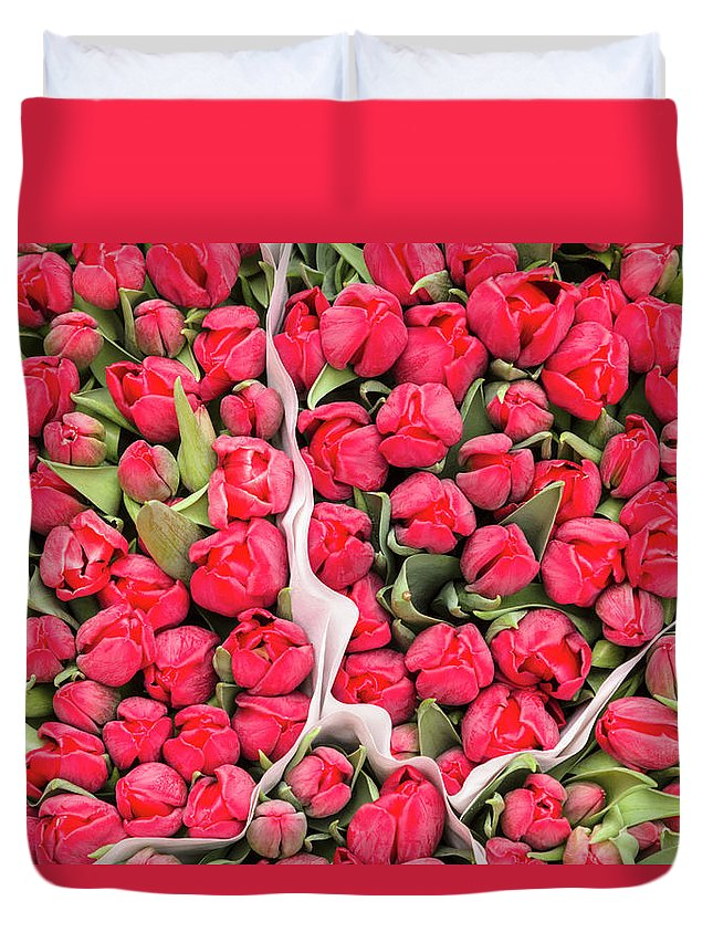 North Holland Duvet Cover featuring the photograph Tulips For Sale At A Flower Market by P A Thompson
